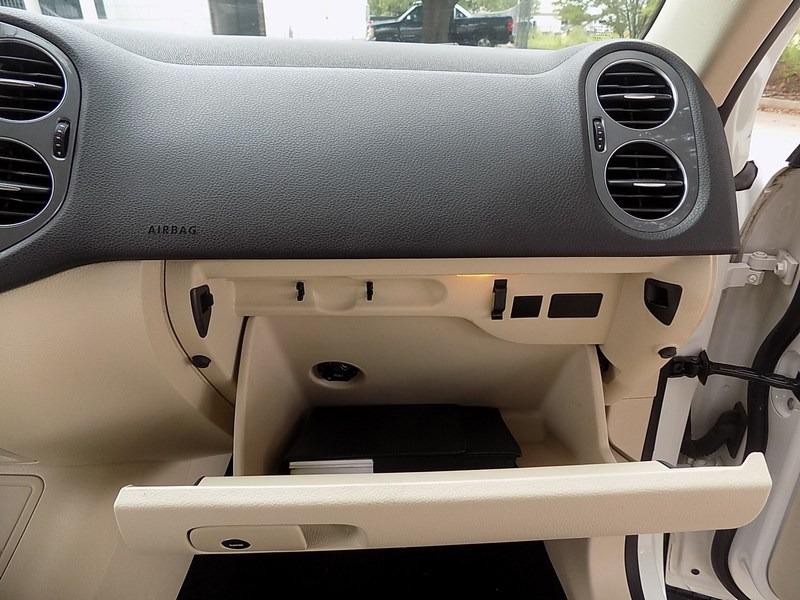 Volkswagen Tiguan 2013 price $14,995