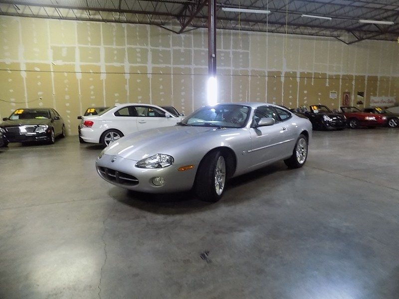 Jaguar XK8 2001 price $8,495