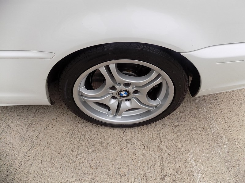 BMW 3-Series 2003 price $10,995