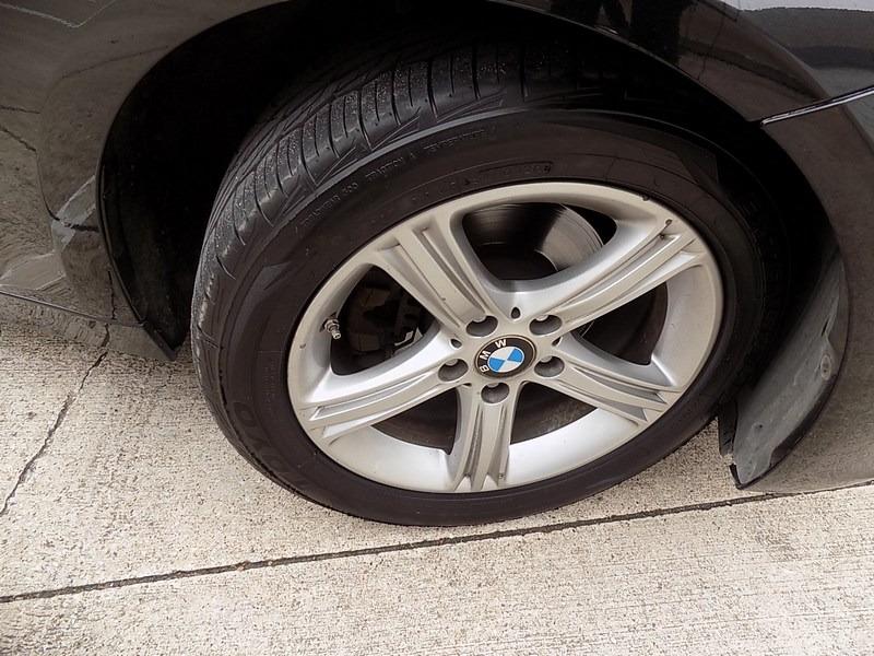 BMW 3-Series 2015 price $18,995