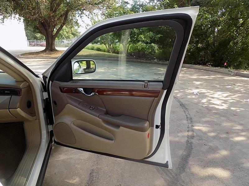 Cadillac DeVille 2005 price $5,995