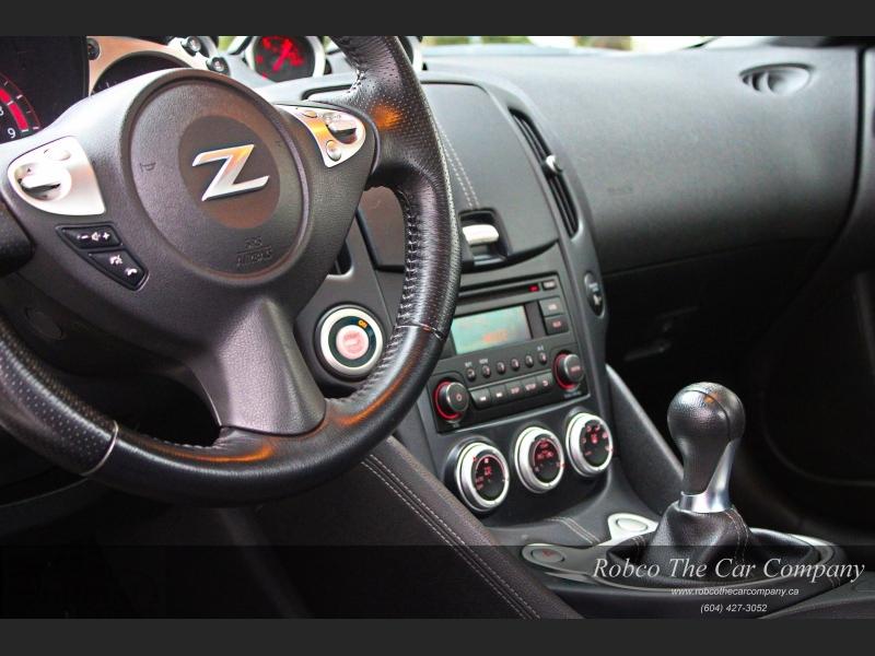 Nissan 370Z 2017 price $22,995
