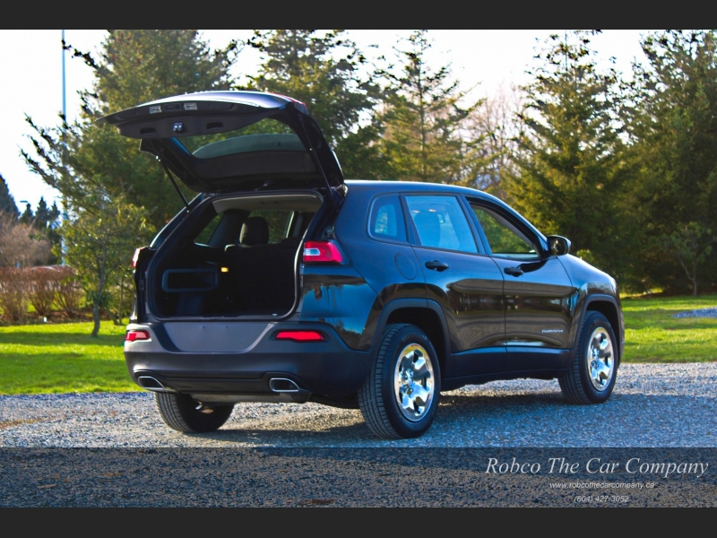 Jeep Cherokee 2015 price $17,888