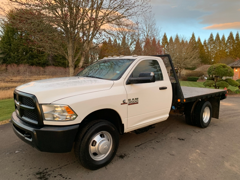 RAM 3500 4x4 Flatbed 1-Owner 2015 price $32,900