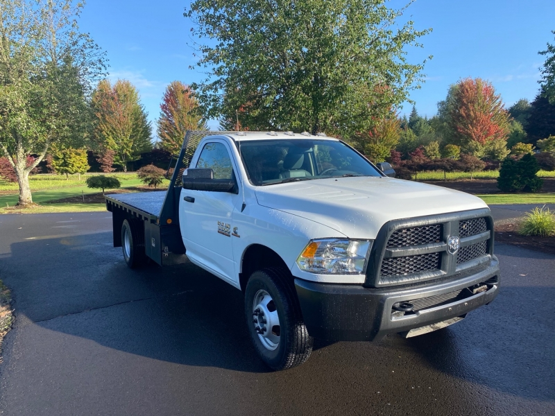 RAM 3500 12' Flatbed 1-Owner 2014 price $31,900