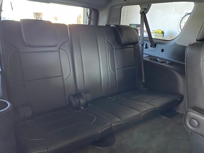GMC Yukon XL 2015 price $33,450