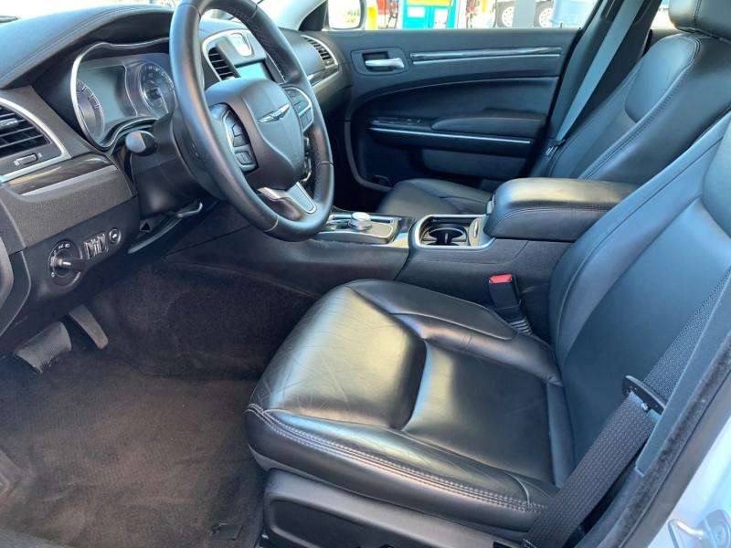 Chrysler 300 2018 price $20,735