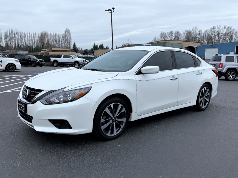 Nissan Altima 2016 price $13,950