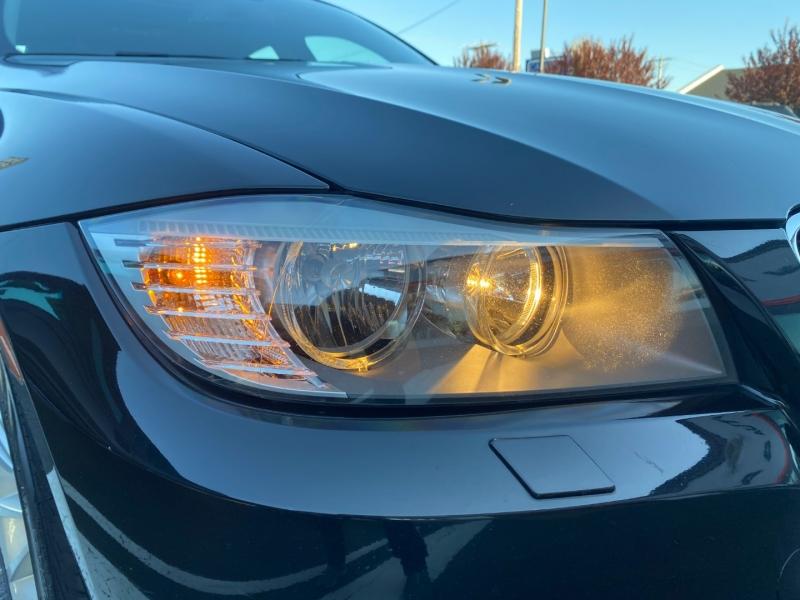 BMW 3-Series 2011 price $14,950