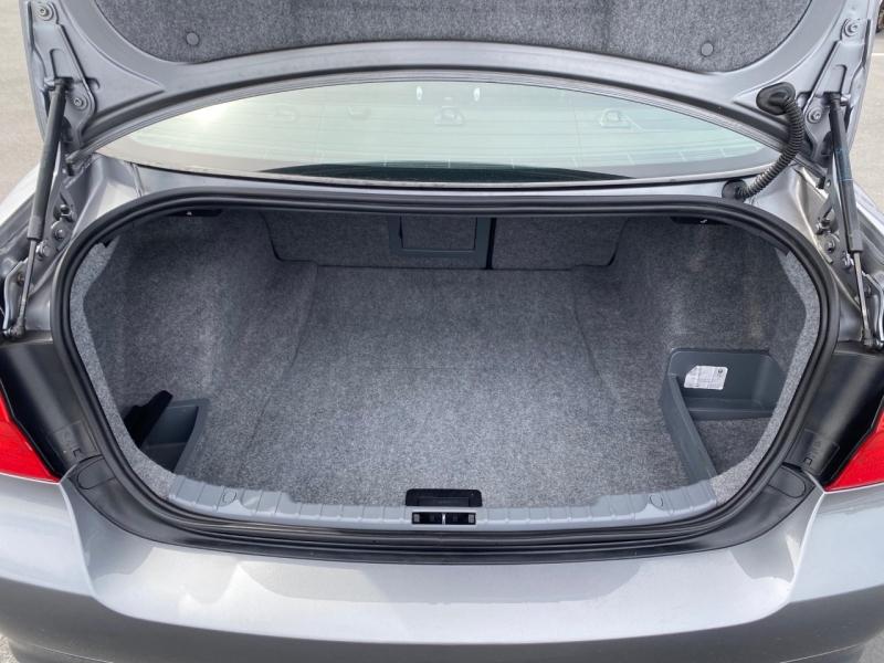 BMW 3-Series 2011 price $13,950