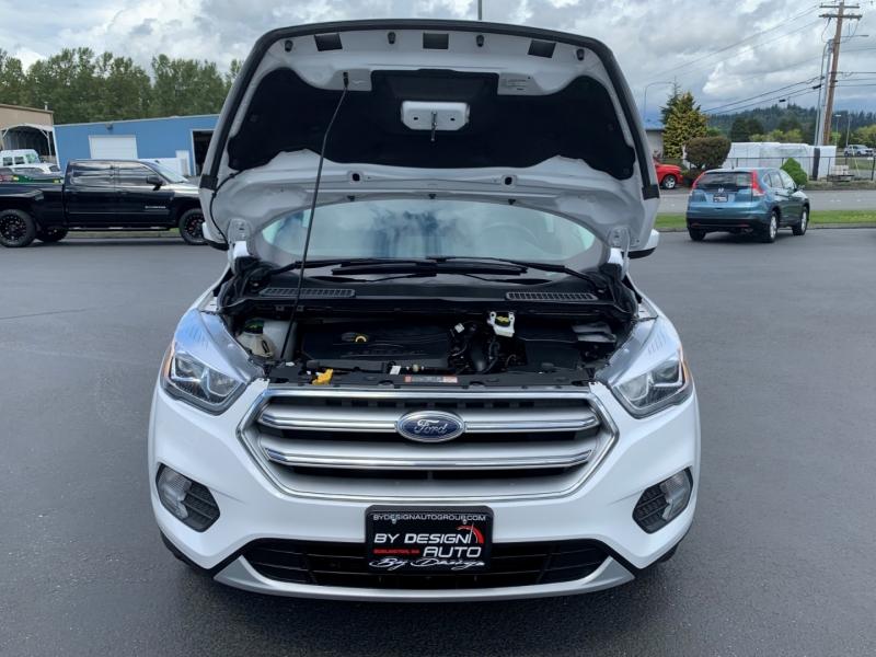 Ford Escape 2017 price $17,950