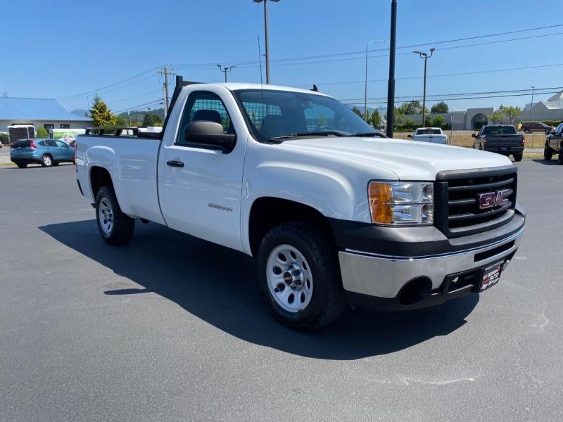GMC Sierra 1500 2013 price $15,800