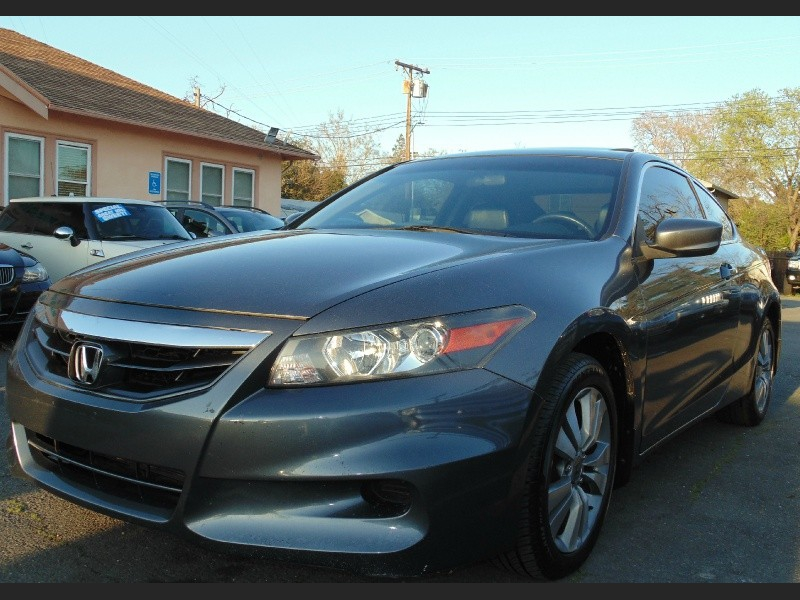 Honda Accord Cpe 2011 price $8,775
