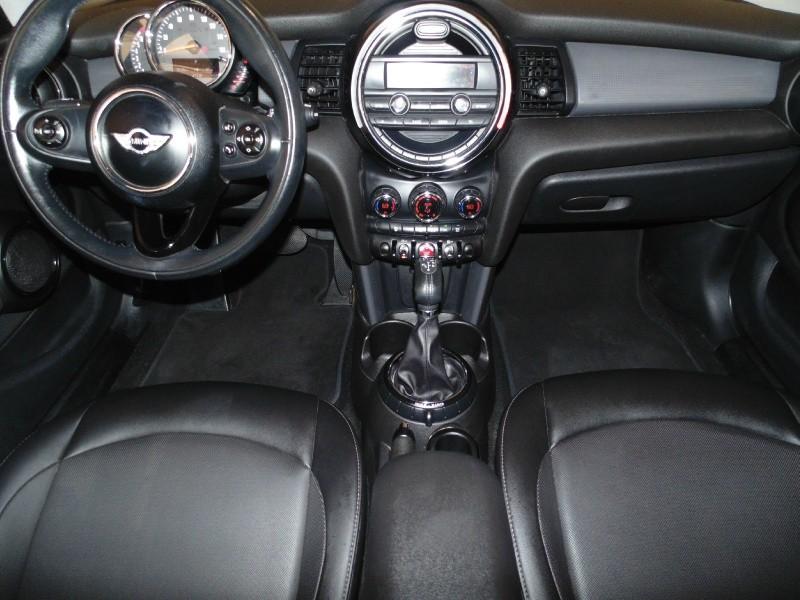 Mini Cooper Hardtop 4 Door 2015 price $11,750