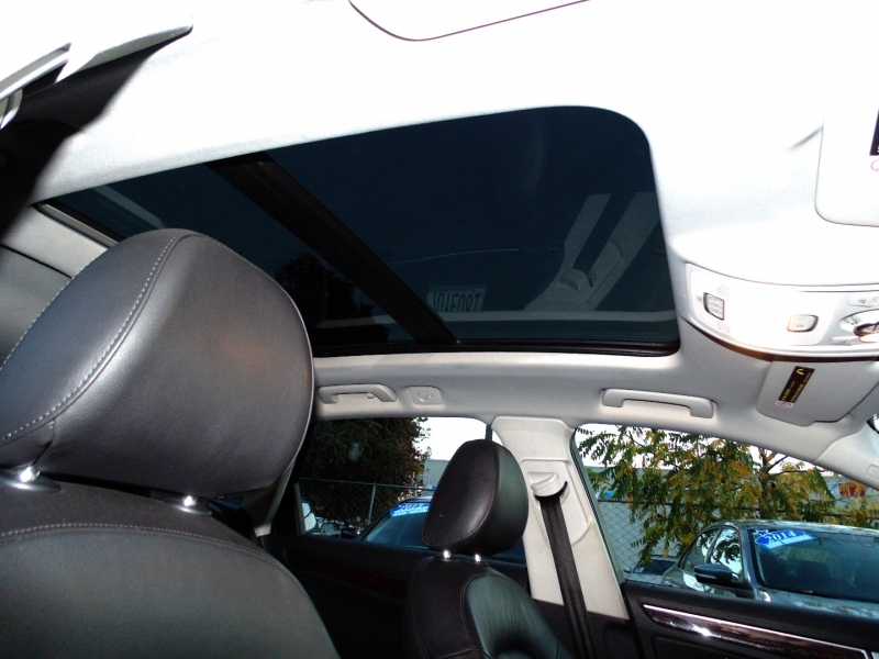 Audi 4dr Avant Wgn Auto quattro 2.0T Premium Plus 2010 price $9,975