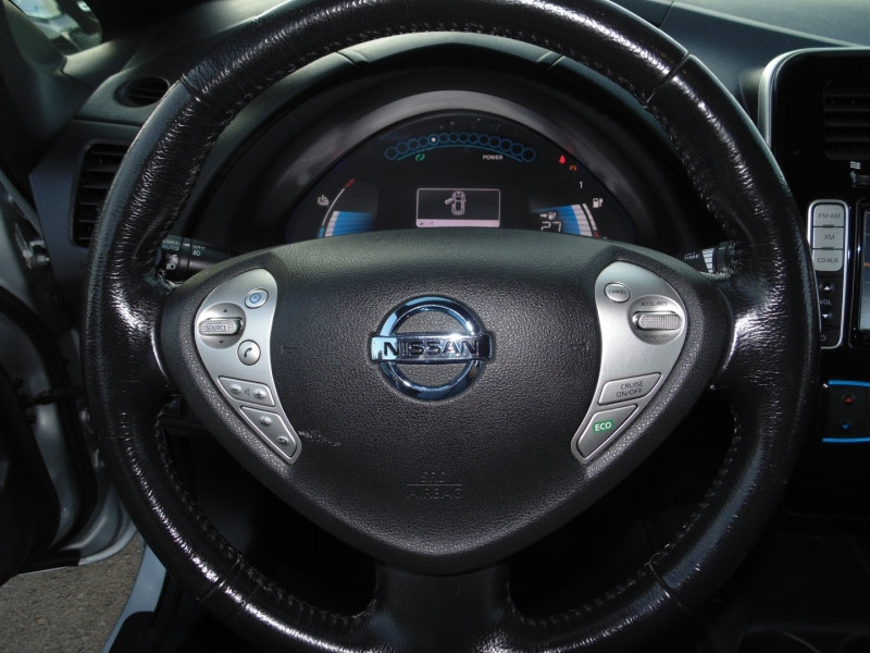 Nissan Leaf 4dr HB SV 2013 price $5,750