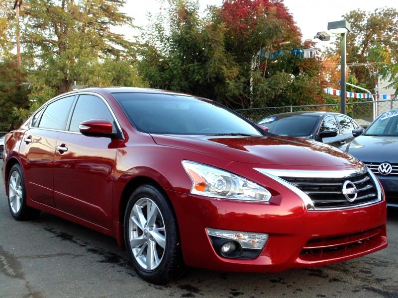 Nissan Altima 2013 price $9,755