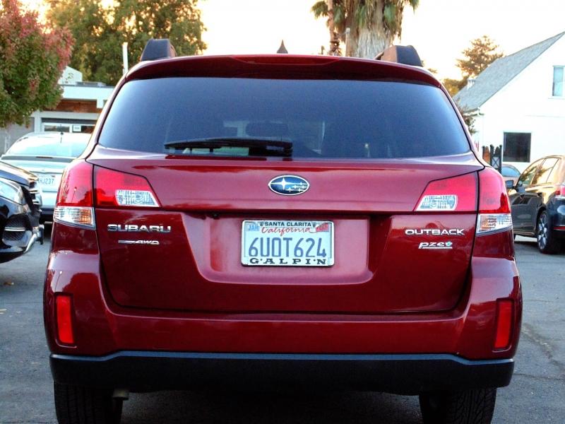 Subaru Outback Limited 2012 price $8,495