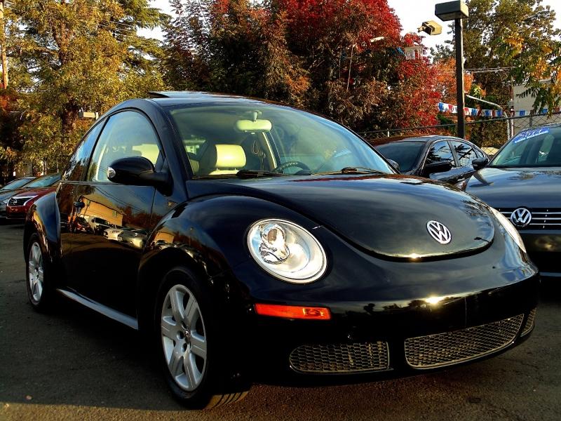 Volkswagen New Beetle Coupe 2007 price $5,850