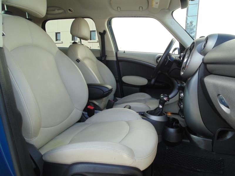 Mini Cooper Countryman 2012 price $9,985