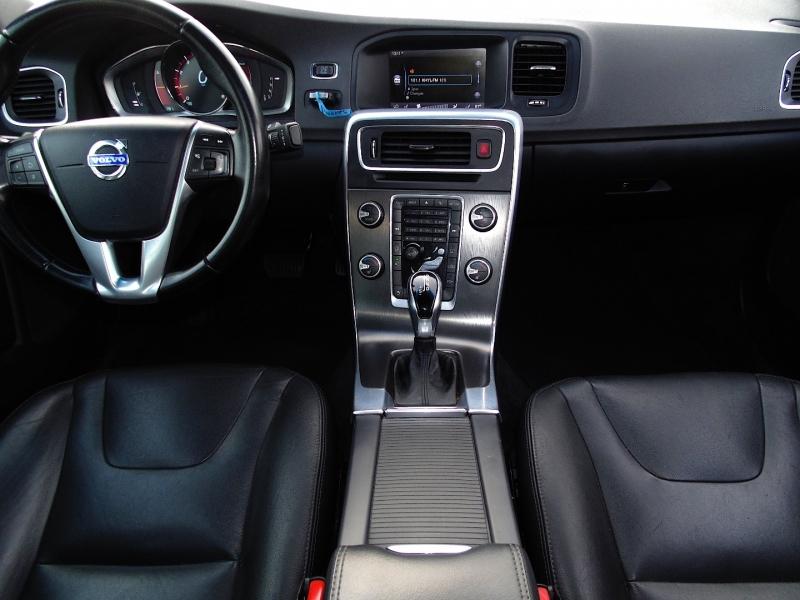 Volvo S60 4dr Sdn T5 Drive-E Premier 2015 price $11,750