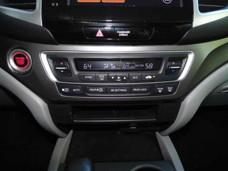 Honda Pilot 2016 price $17,995