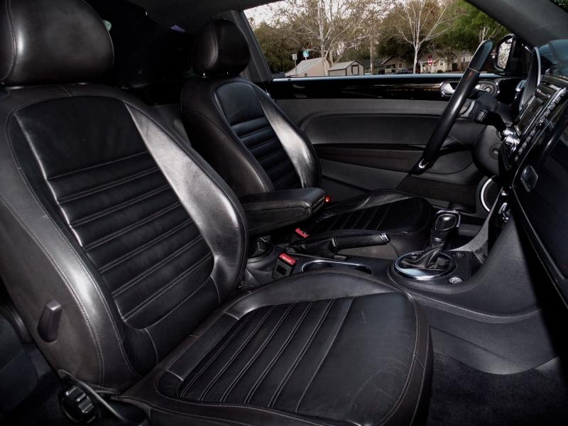 Volkswagen Beetle 2.0T Turbo PZEV *Ltd 2013 price $11,750