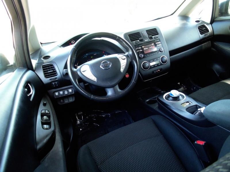 Nissan LEAF 2015 price $7,995