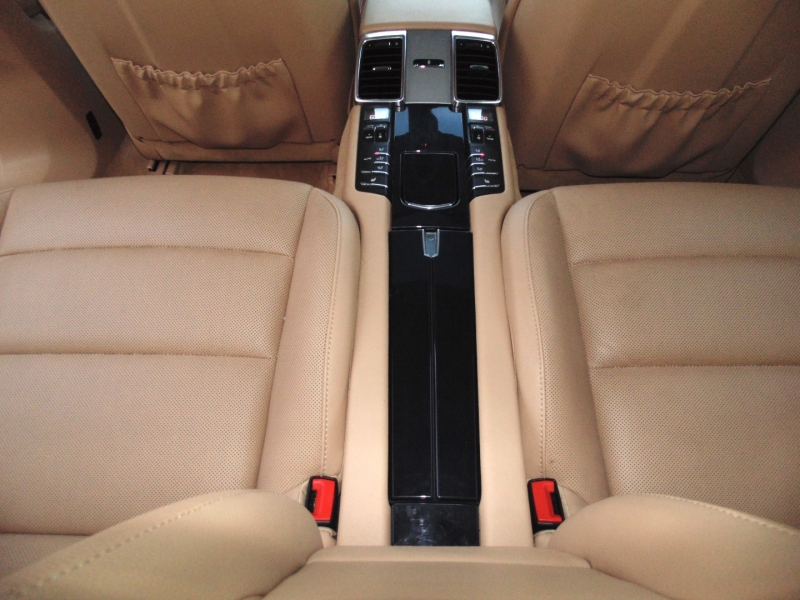 Porsche Panamera 4 All Wheel Drive 2015 price $42,875