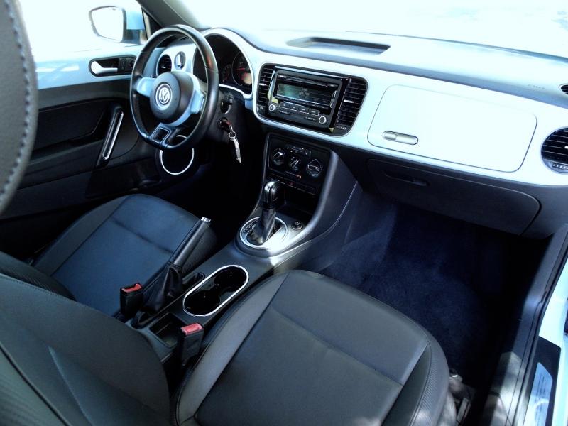 Volkswagen Beetle 2012 price $10,495