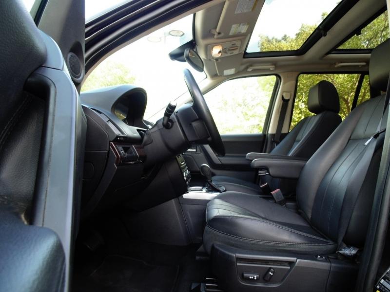 Land Rover LR2 HSE AWD 2013 price $15,955