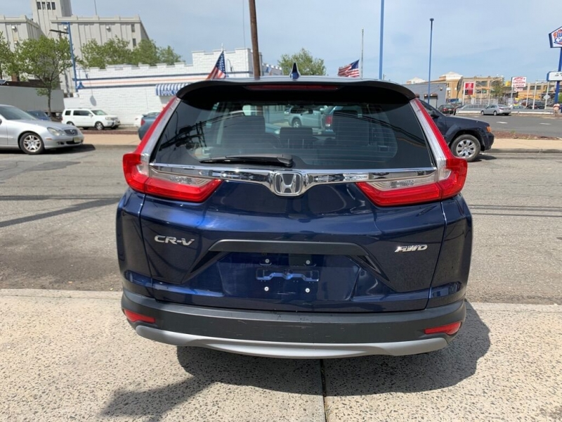 Honda CR-V 2017 price $18,500