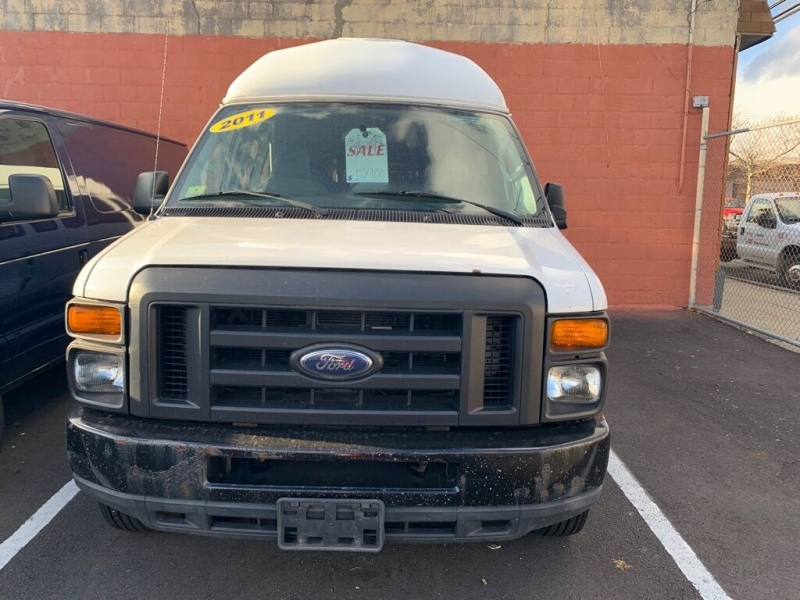 Ford E-Series Cargo 2011 price $9,500