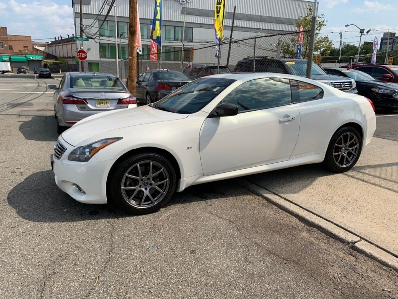 Infiniti Q60 Coupe 2014 price Call for Pricing.