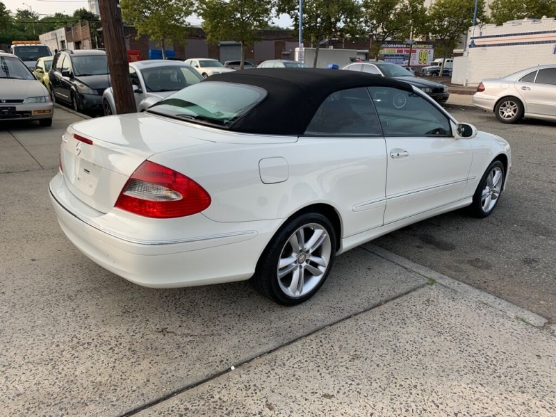Mercedes-Benz CLK 2008 price Call for Pricing.