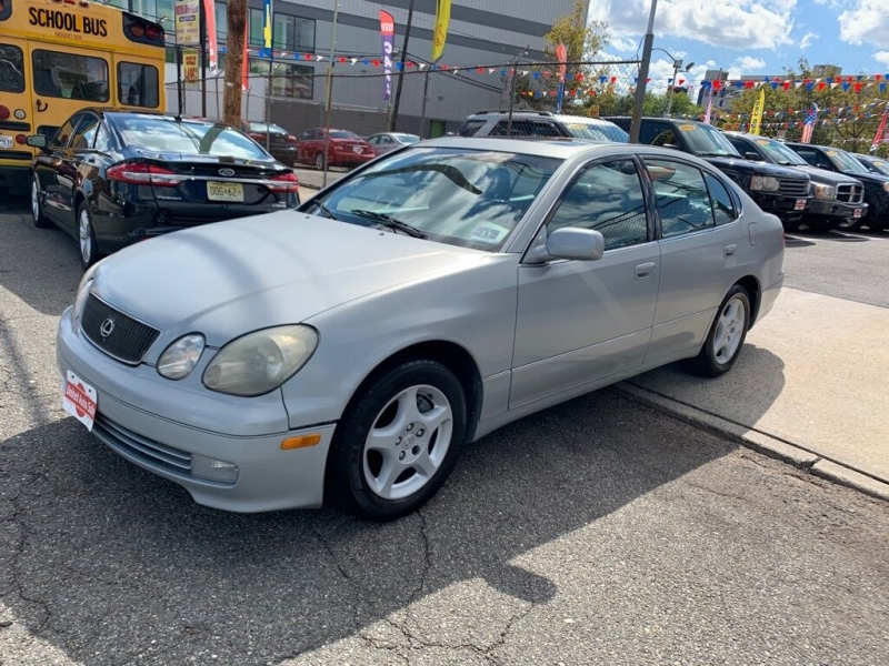 Lexus GS 400 1999 price $2,900