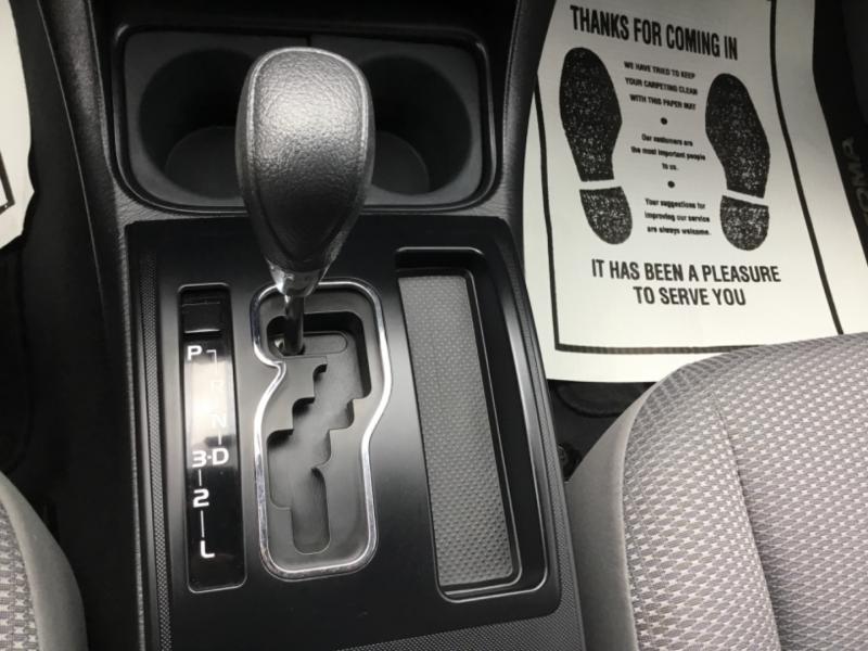 Toyota Tacoma 2015 price $21,995