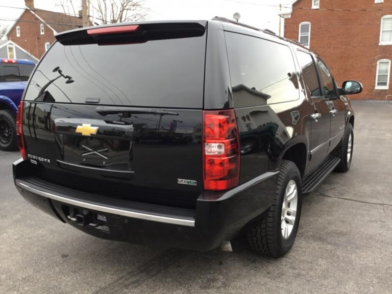 Chevrolet Suburban 2012 price $21,995
