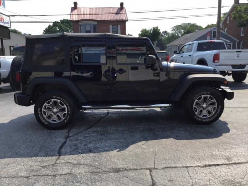 Jeep Wrangler Unlimited 2010 price $19,995