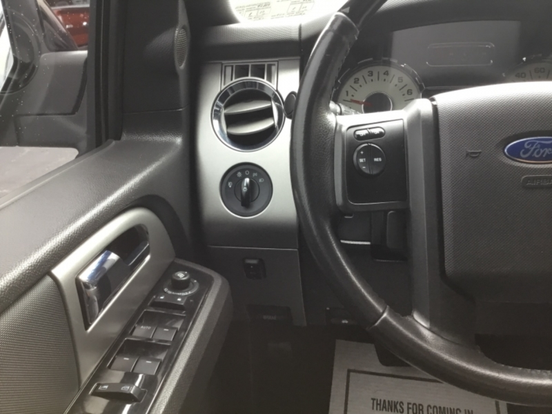 Ford Expedition 2013 price $23,995
