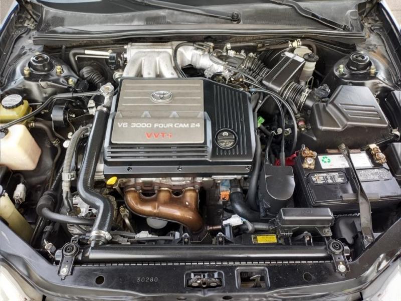 Toyota Avalon 2000 price $4,950