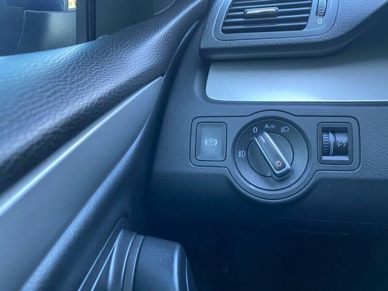 Volkswagen CC 2010 price $6,497