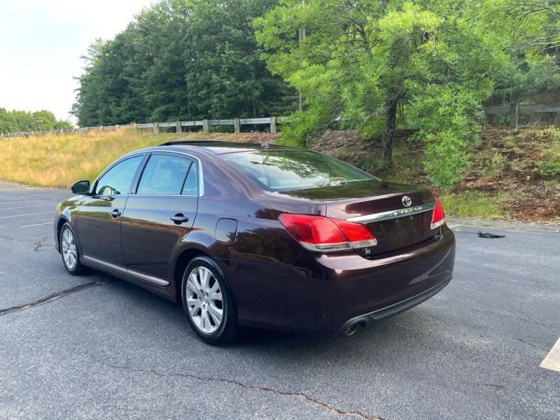 Toyota Avalon 2011 price $8,497