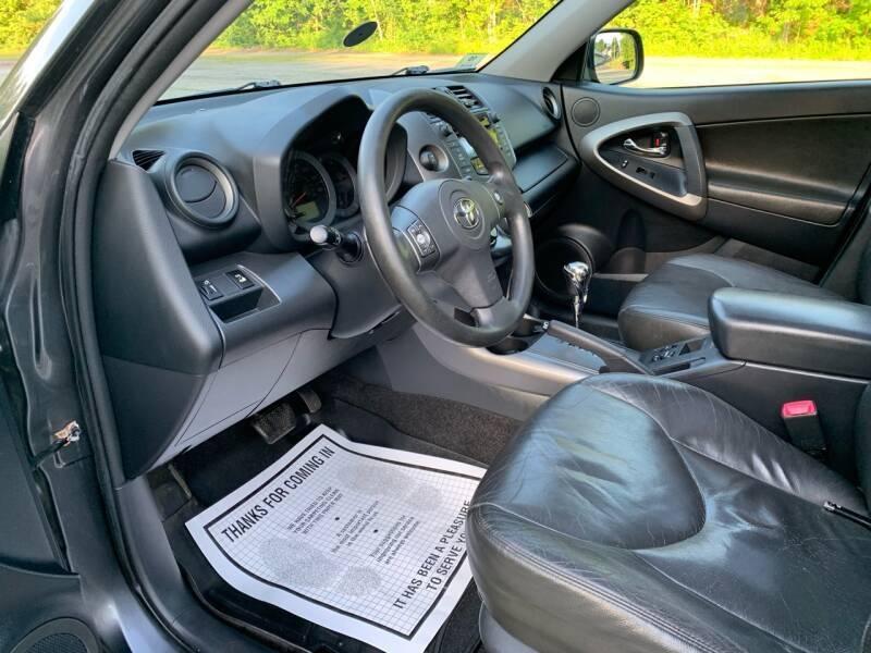 Toyota RAV4 2009 price $8,997
