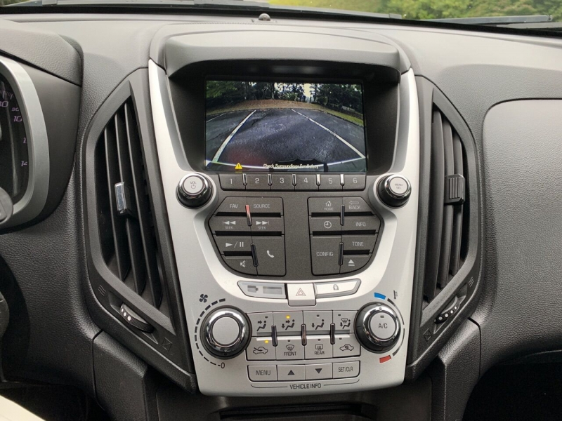 Chevrolet Equinox 2013 price $8,497