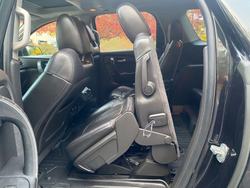 GMC Acadia 2012 price $10,497