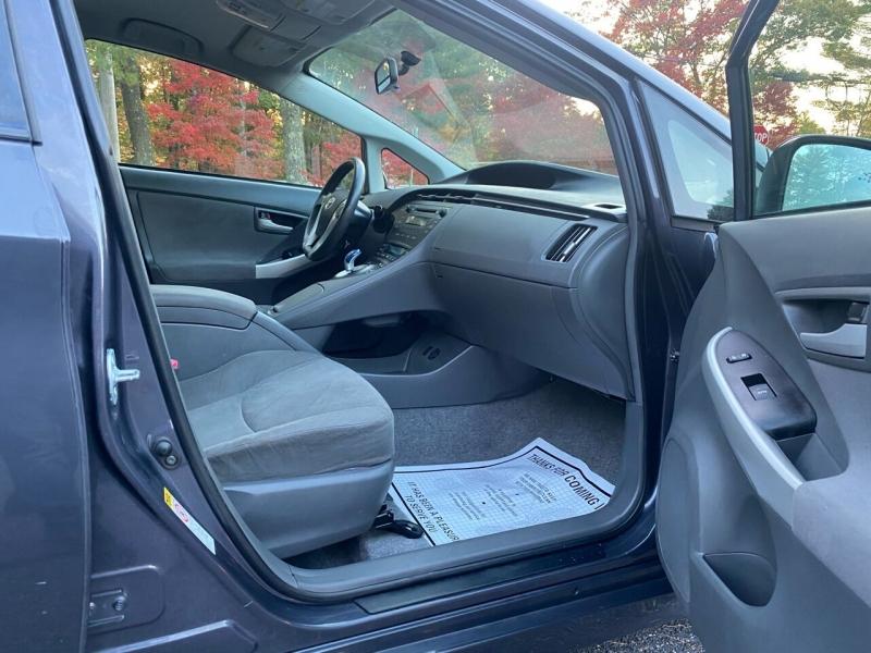 Toyota Prius 2010 price $6,997