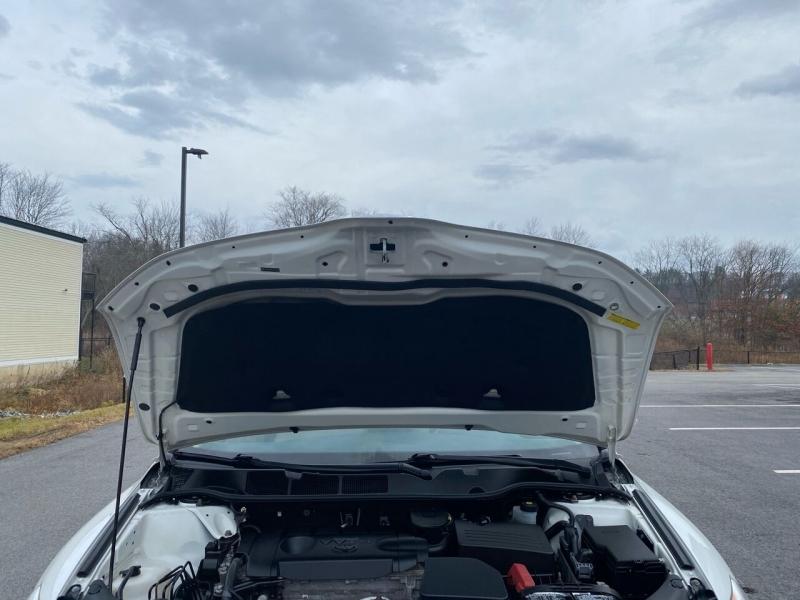 Toyota Venza 2015 price $13,997