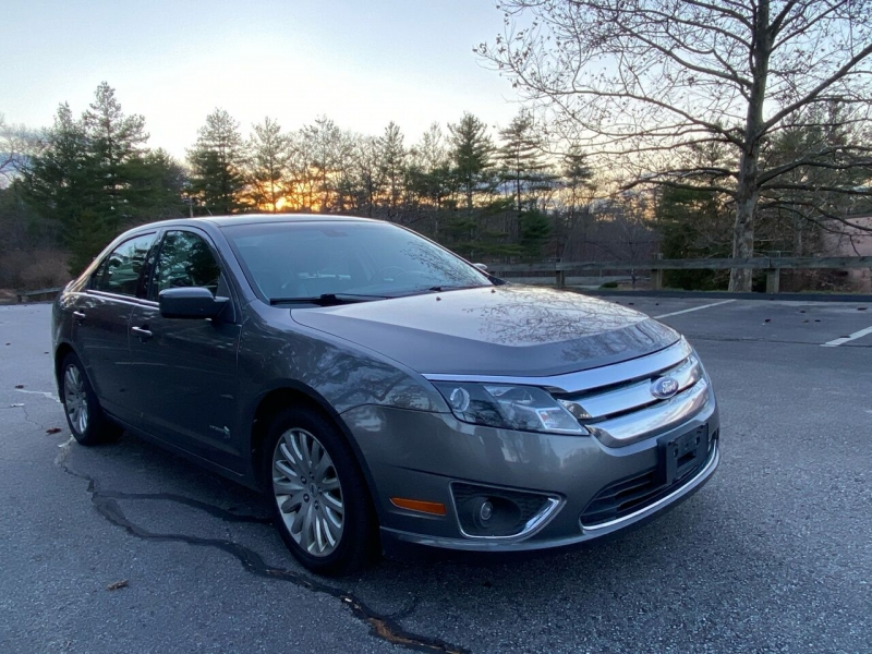Ford Fusion Hybrid 2011 price $5,999