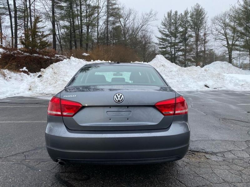 Volkswagen Passat 2013 price $6,997